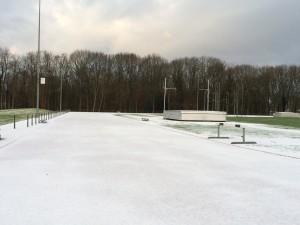 heelhardlopen - atletiekbaan sneeuw