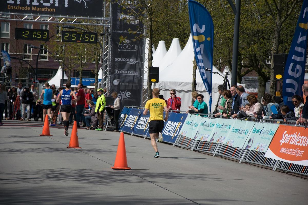 heelhardlopen - Sven Marathon Enschede1 - finish2